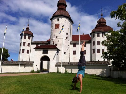 handstand sweden